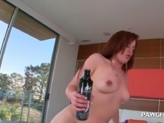 Fat ass white chick gets her dripping wet snatch hammered to orgasm
