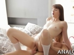 Hunk is bestowing raunchy anal pleasures to sexy babe