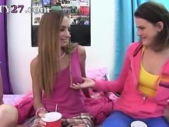 Young student makinglove schoolgirls