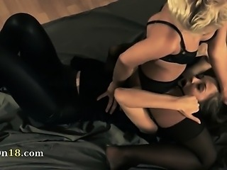 brunet babe gets fucked with strap on