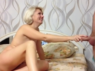 Beauty Russian Amateur Girl Makes Bj and Cum in MOuth