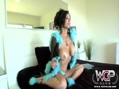 WCP Club Nymphomaniac Veronica Avluv squirts on a BBC free