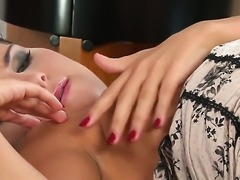 Bettina DiCapri touches her soaking wet beaver as she has fun alone on cam