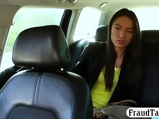 Slim amateur chick fucked in public for a free taxi fare