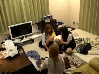 3 nice japanese girls and 1 man