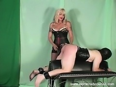 Mistress Kelly spanks and paddles her slave