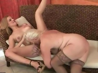 Old Sluts vs Young Girls pussy licking