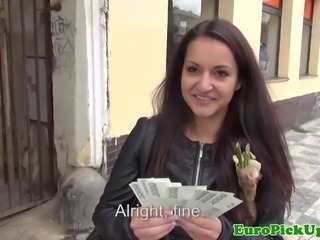 Euro girlnextdoor sucking hard cock for cash in public