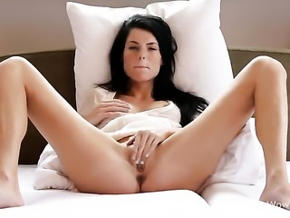 Margot A proves that her body is perfect as she masturbates naked