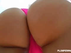 Big Booty PAWG Mazzaratie Monica Oils N Shakes her Huge Ass