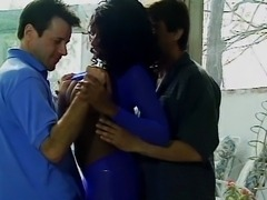 Black whore in threesome action