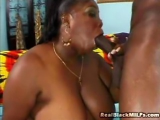 Ebony Over 30 Amateur Gets Fucked