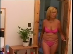 Mature with saggy boobs takes young dick free