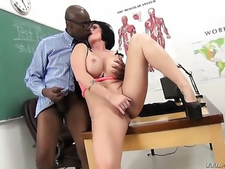 Shay Fox lets Sean Michaels stick his meaty boner in her mouth