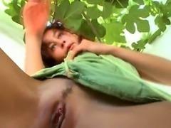Rubbing the danish clitoris