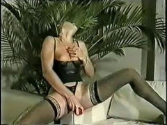 Black Und Lecker (Black And Horny)