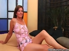 Horny milf gets a facial from the guy next door free