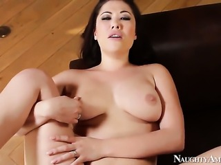 London Keyes is on the way to the height of pleasure with hard cocked bang...