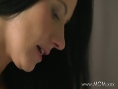 MOM MILF's who love sucking cock free