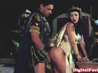 Cleopatra fucking another roman dude in full royal outfits