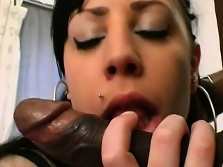 French chubby Aurelie fucked outdoor