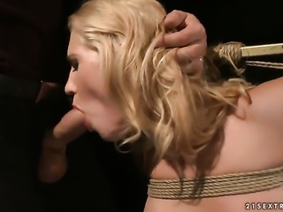Blonde Linda Ray gets her many times used mouth drilled again by horny man
