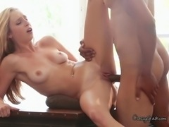 Skinny blonde slut Taylor milking stud boyfriends cock for messy cumshot