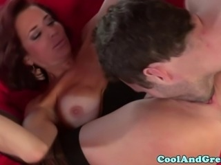 Brunette mature has pussy eaten out and cant get enough