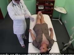 Teen Edita sucks and fucks in the clinic