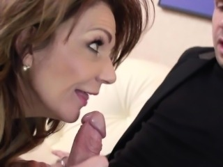 Glamour squirter Deauxma sucking dick