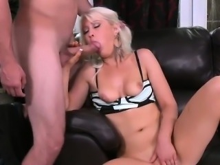 Hot Blonde Gives Her Boss A Good Blowjob After Work