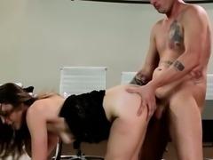 Gorgeous brunette babe pleasures dick