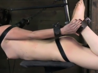 Restrained sub spanked with cat o nine tails by maledom