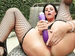 Dana Vespoli gets her pussy attacked by lesbian India Summers tongue