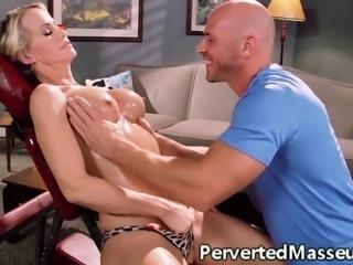 Massageparlour babe drinking her horny masseurs jizz