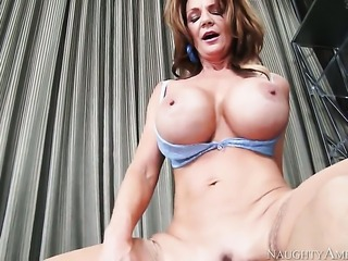 Deauxma with big bottom and trimmed beaver gets impaled on schlong by Derrick Pierce