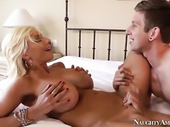 Danny Wylde gives charming Puma Swedes hole a try in steamy hardcore action