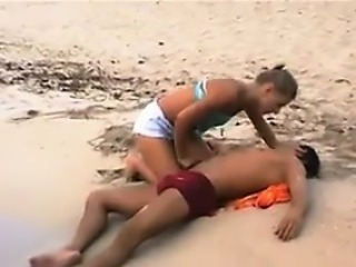 Hot Young Chick Fucked At The Beach