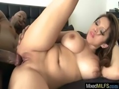 Milf Get Inside Her Pussy A Big Black Cock movie-06 free