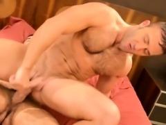 Gay bears rimming and fucking at home