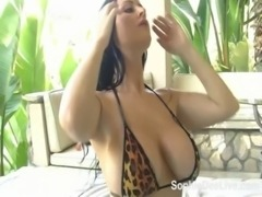 Hot tub toy time for busty British slut Sophie Dee free