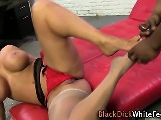 Babe gets hot foot cum