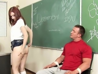 Amazing girl enjoys a hard schlong