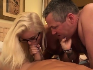 Halle Von and Her Husband Take Turns Sucking Dick