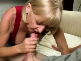Mature amateur close up blowjob