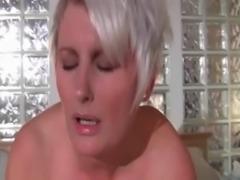 Mature bitch loves black dick in her cunt free