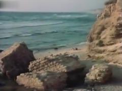 Bea Fiedler,Sonja Martin in Lemon Popsicle 4 (Israel 1983)