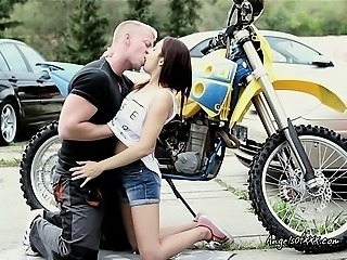 Horny Teen Gets Naked and Seduces Biker in Parking Lot