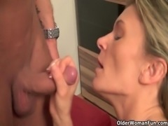 Mommy wants you to cum in her mouth free