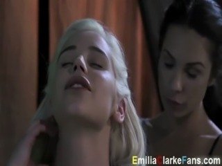 Khaleesi Emilia Clarke Lesbian fuck from Game of Thrones free